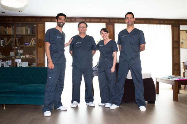 equipo doctores garcelan clinic