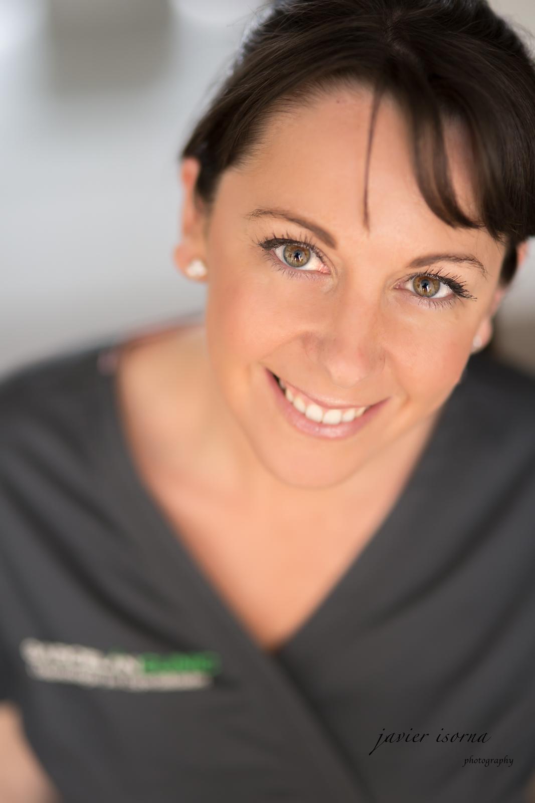 Dra. Ana Orozco Varo, prótesis sevilla, carillas en Sevilla, fundas dentales en Sevilla, diseño de sonrisa en Sevilla