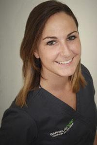 Patricia Pizarro, Estética Dental en Sevilla, prótesis dentales en Sevilla, carillas estéticas en Sevilla, fundas dentales en Sevilla, tinciones en Sevilla