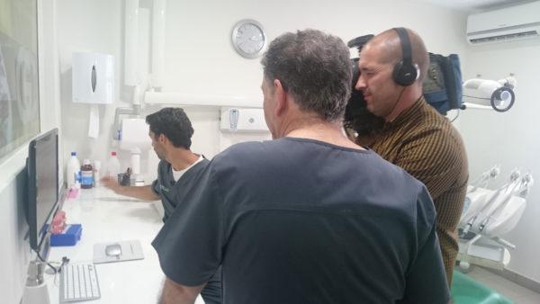 clinica-dental-en-sevilla-en-canal-sur-tv-2