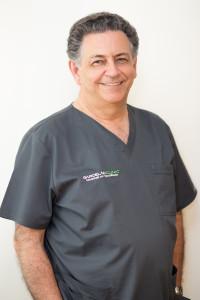 Dr. Jose Manuel Rodriguez Moreno, dentista de confianza en Sevilla