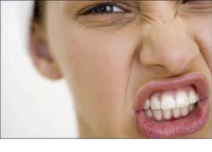 rechinar los dientes