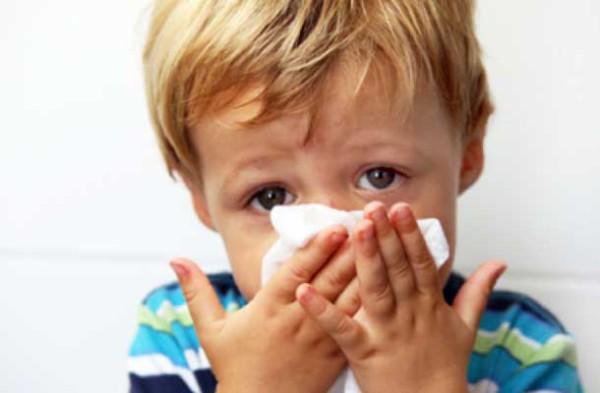 traumatismo dental en niños clinica dental sevilla, golpe en los dientes de niños, golpe en la boca, caída de diente definitivo