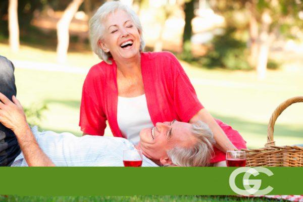 dentista sevilla, sonrisa mayores de 65, sonrisa de abuelos, sonrisas bonitas