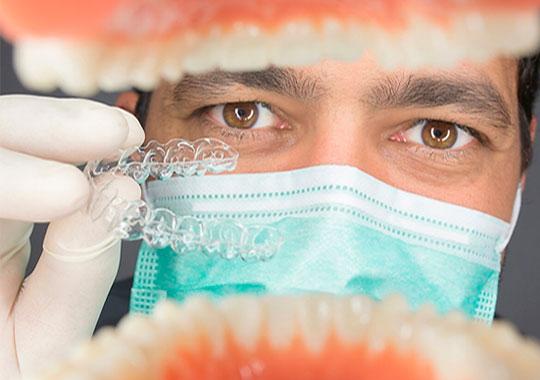 Dr.-José-Luis-R.-Garcelán-invisalign