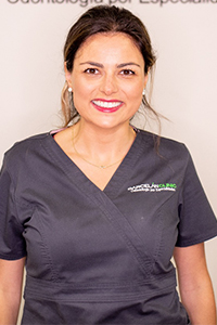 Dra. Mar Hernández | Clínica Dental Garcelán | Dentistas en Sevilla